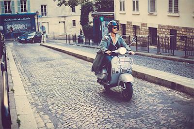 Scooter in Paris